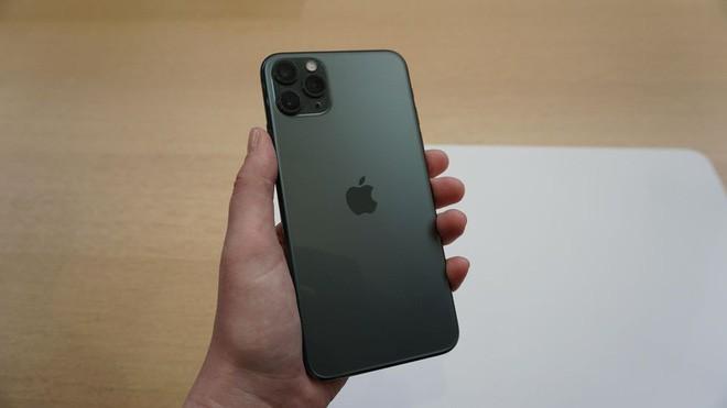 """iPhone 11 Pro """"xanh bóng đêm"""" liệu có gây sốt như iPhone """"vàng hồng"""" trước đây? - ảnh 13"""