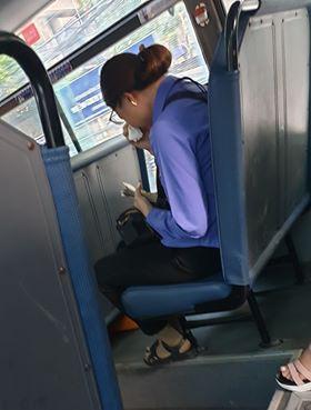 Nam thanh niên đi xe buýt quên mua vé, nữ phụ xe ở Sài Gòn khóc nức nở vì bị đình chỉ - ảnh 2