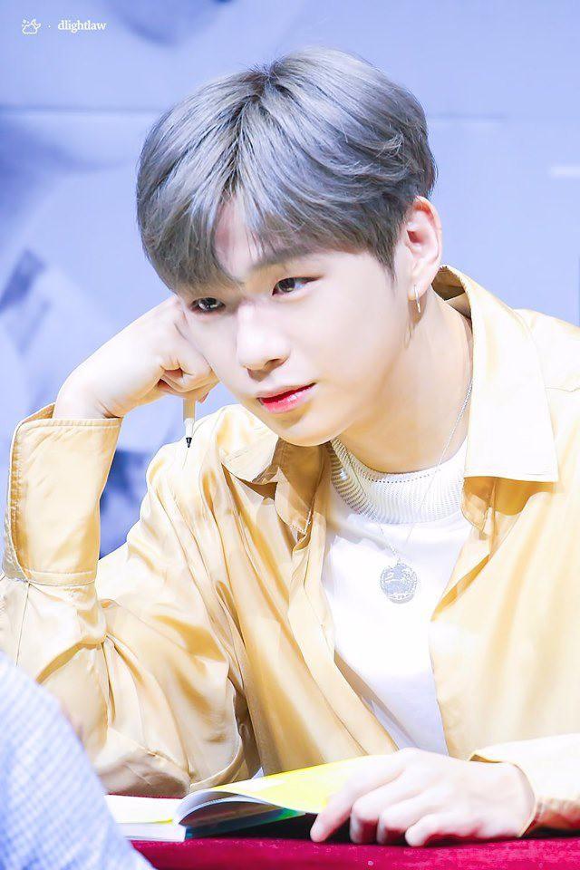 20 nghệ sĩ Kpop bán đĩa giỏi nhất 2019: BTS đẳng cấp dẫn đầu, BLACKPINK mất dạng, Baekhyun đại diện EXO oanh tạc BXH - Ảnh 5.