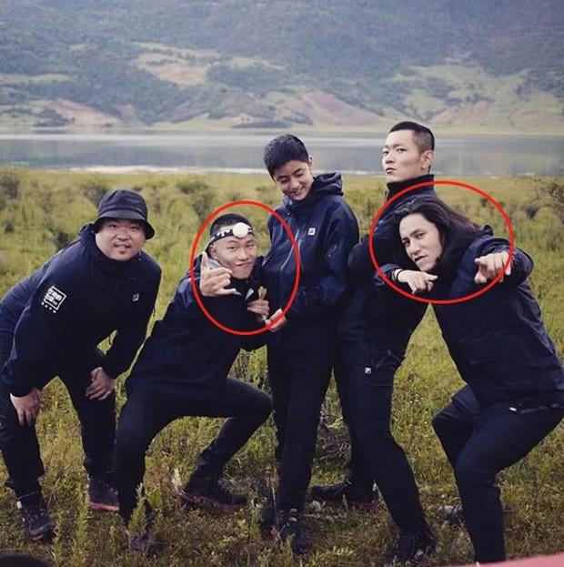 Cậu con trai bí ẩn 17 tuổi của Trần Khôn lên sóng: Bị netizen chê bởi nhan sắc kém bố 10 con phố - ảnh 5