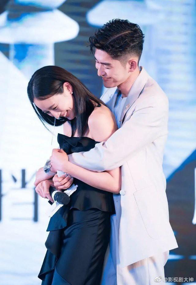Cbiz thêm cặp đôi bí mật kết hôn: Đại Boss Trương Hàn chuẩn bị làm đám cưới với Hải Lan Trương Quân Ninh? - ảnh 4