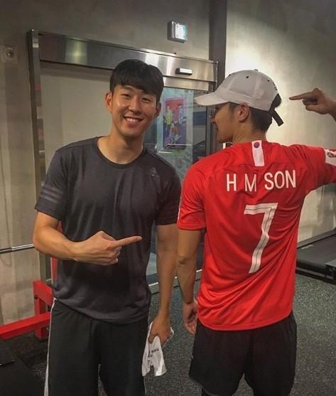 Cầu thủ dính tin hẹn hò Jisoo (BLACKPINK): Siêu giàu, thân với Park Seo Joon, từng hẹn hò 2 idol Kpop ngực khủng - Ảnh 11.