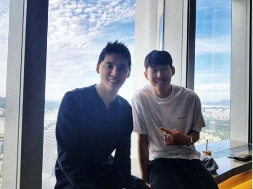 Cầu thủ dính tin hẹn hò Jisoo (BLACKPINK): Siêu giàu, thân với Park Seo Joon, từng hẹn hò 2 idol Kpop ngực khủng - Ảnh 13.