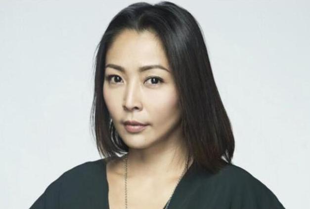 Thân bại danh liệt vì lái xe đâm chết người, nữ ca sĩ Đài Loan trầy trật quay lại showbiz với catse chưa đến 300 ngàn - ảnh 1