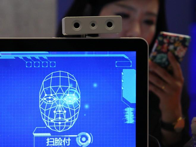 Phẫu thuật thẩm mỹ mũi qua mặt được công nghệ nhận diện khuôn mặt của Trung Quốc - ảnh 1