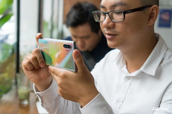 Cho iFan cầm thử Galaxy Note10+: Chỗ nào hay hơn iPhone, chỗ nào còn chưa được tốt? - ảnh 11