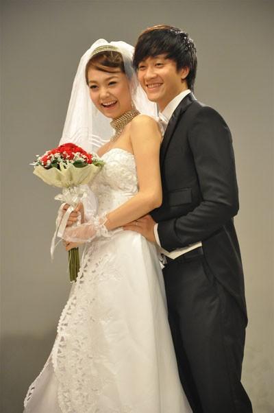 Rò rỉ ảnh váy cưới trong Full House bản Trung Quốc: được khen ăn đứt váy của Song Hye Kyo khi xưa - ảnh 13