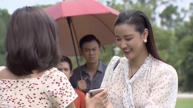 """2 vụ đánh ghen cao tay nhất màn ảnh Việt: Bố Sơn """"Về Nhà Đi Con"""" cũng phải chào thua bà cả """"Bán Chồng"""" - Ảnh 2."""