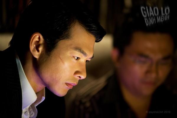 Việt Anh phẫu thuật đẹp hơn Soobin đã là gì, những pha đập đi xây lại trên phim còn dữ dằn hơn - ảnh 11