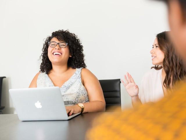 Business Insider đã phỏng vấn các nhân viên tiêu biểu về điều họ ngưỡng mộ ở ông chủ: Câu trả lời chính là những chi tiết hoàn hảo để hình thành nên một lãnh đạo tài ba! - ảnh 2