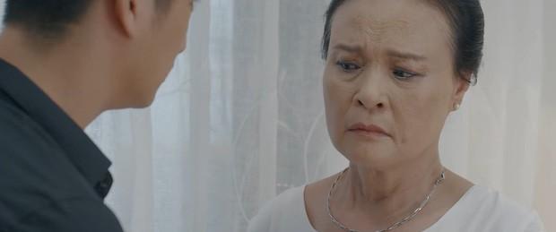 Bà Hồng (Hoa Hồng Trên Ngực Trái) bất ngờ trở quẻ về phe Thái: Khuê sắp ra đường ở đến nơi rồi? - ảnh 2