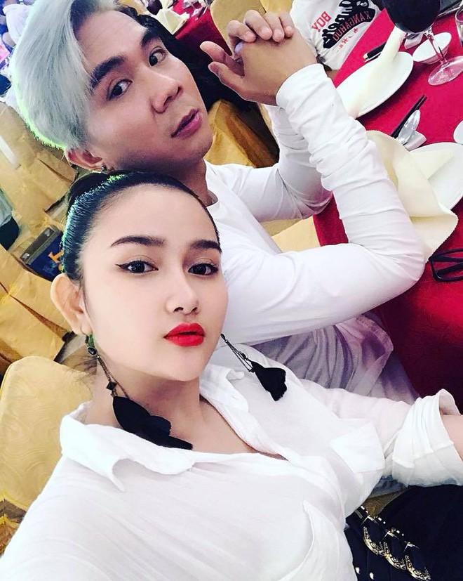Hậu ồn ào chia tay Lương Bích Hữu, Khánh Đơn hạnh phúc khoe bà xã hot girl vừa sinh con đầu lòng nặng 3kg - Ảnh 4.