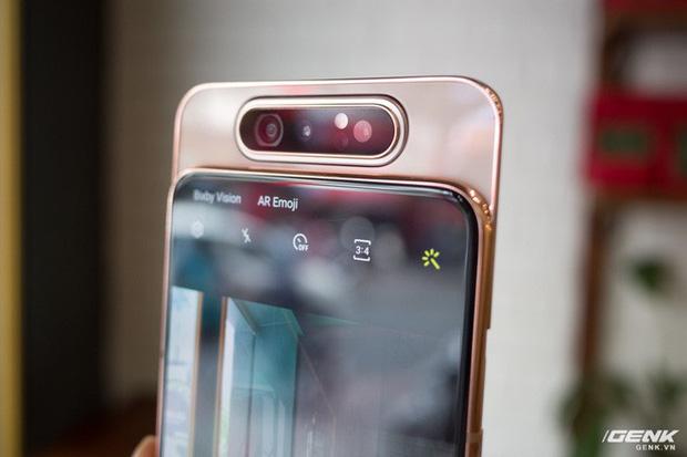 Đây là 3 xu hướng thiết kế smartphone thống trị năm 2019 vừa qua - ảnh 1