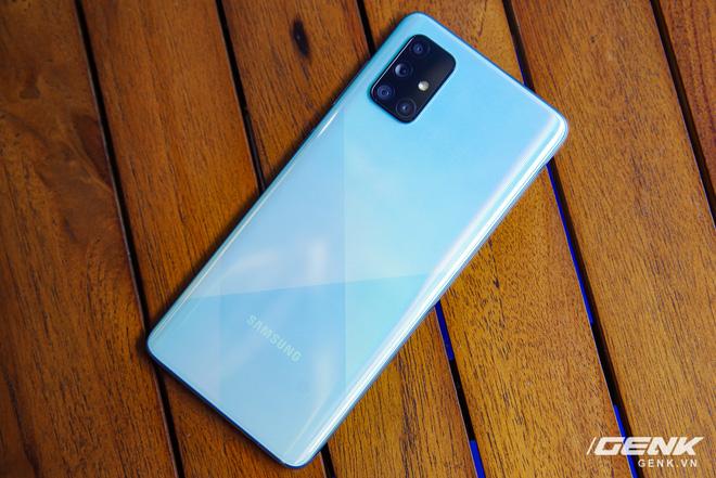 Samsung chính thức ra mắt Galaxy A71: 4 camera lên tới 64MP, pin 4500mAh, sạc nhanh 25W giá 10,49 triệu - ảnh 1