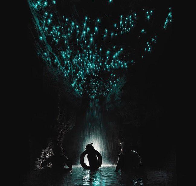 """Tận mắt chiêm ngưỡng """"dải ngân hà dưới lòng đất"""" có thật trên thế giới, tìm ra nguyên nhân các đốm sáng lung linh ai cũng bất ngờ - Ảnh 11."""