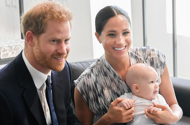Hoàng tử Harry - Một người đàn ông 35 tuổi quyết định ra riêng để xây dựng tổ ấm có đáng bị mọi người lên án gay gắt như vậy không? - ảnh 1