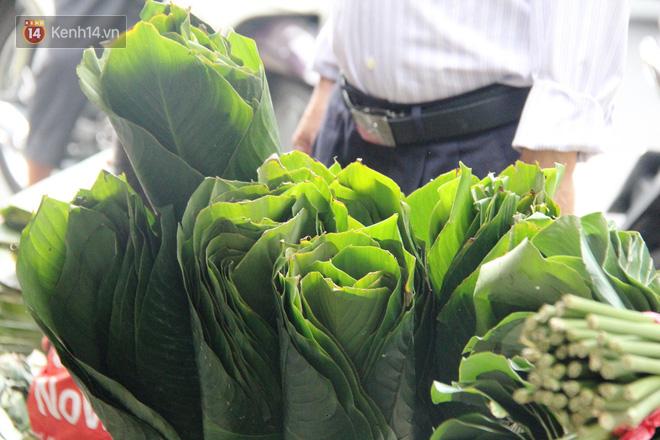 Giá thịt heo tăng cao, chợ lá dong ở Sài Gòn đìu hiu vì sức mua giảm 40%, tiểu thương mắc võng ngủ giữa ban ngày - ảnh 18