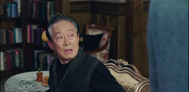 Hot nhất tập 9 Crash Landing on You: Bố chồng Son Ye Jin cạn lời nhìn quý tử Hyun Bin xà nẹo con dâu - ảnh 3