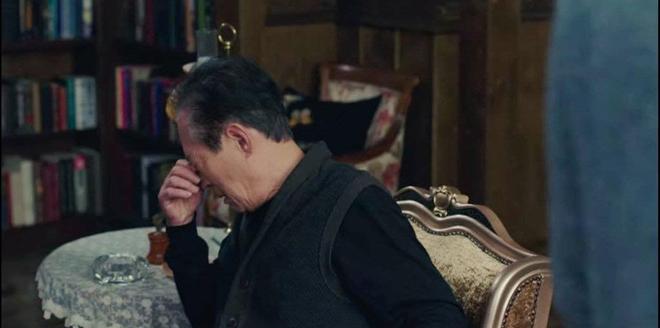 Hot nhất tập 9 Crash Landing on You: Bố chồng Son Ye Jin cạn lời nhìn quý tử Hyun Bin xà nẹo con dâu - ảnh 4