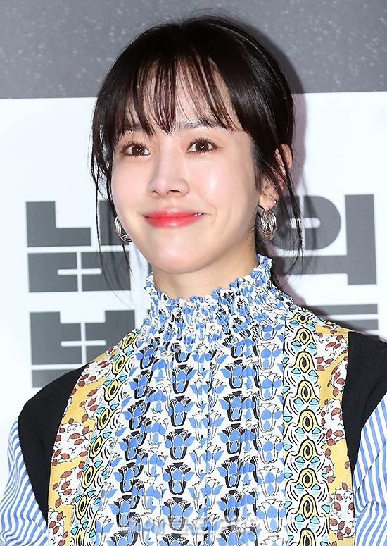 Lee Byung Hun bê cả nửa Kbiz lên thảm đỏ: Mỹ nhân Vườn sao băng đọ sắc với Kim So Hyun, Bi Rain đụng độ dàn nam thần - ảnh 8