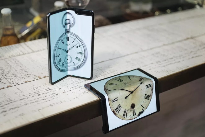 Smartphone gập tương lai sẽ dùng màn hình kính kim cương - công nghệ hứa hẹn 3 năm nay mà chưa đi đến đâu - ảnh 1
