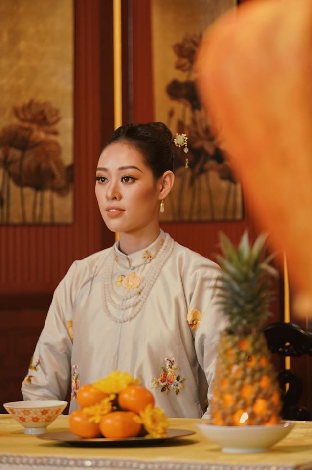 Hoa hậu Hoàn Vũ Khánh Vân bất ngờ góp mặt trong Phượng Khấu nhưng lại nhận gạch vì màn makeup lạc quẻ - ảnh 2
