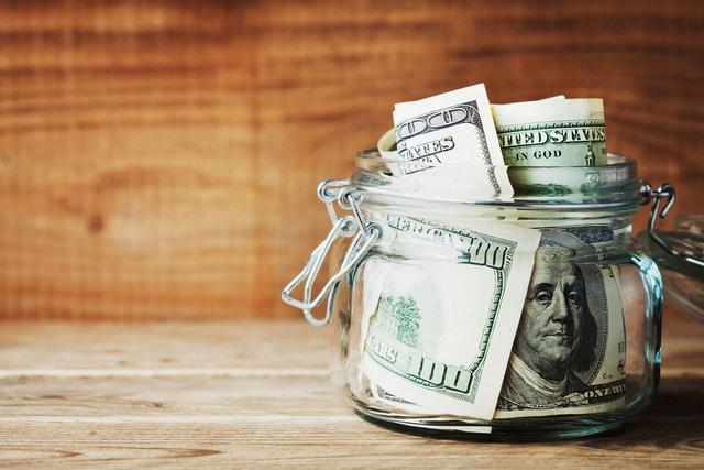Lương cả trăm ngàn USD/năm, người trẻ vẫn chật vật đếm từng xu tiêu xài cuối tháng: Tiền kiếm được rốt cuộc nên để hưởng thụ hay tích lũy cho tương lai? - ảnh 3