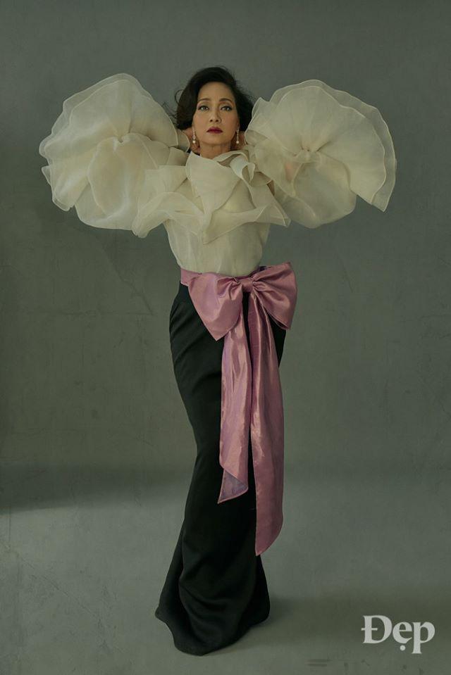 Nghệ sĩ Lê Khanh gây bão với bộ hình trở lại sau 20 năm, nhan sắc đến giờ vẫn đủ khiến hội mỹ nhân hậu bối phải dè chừng - ảnh 3
