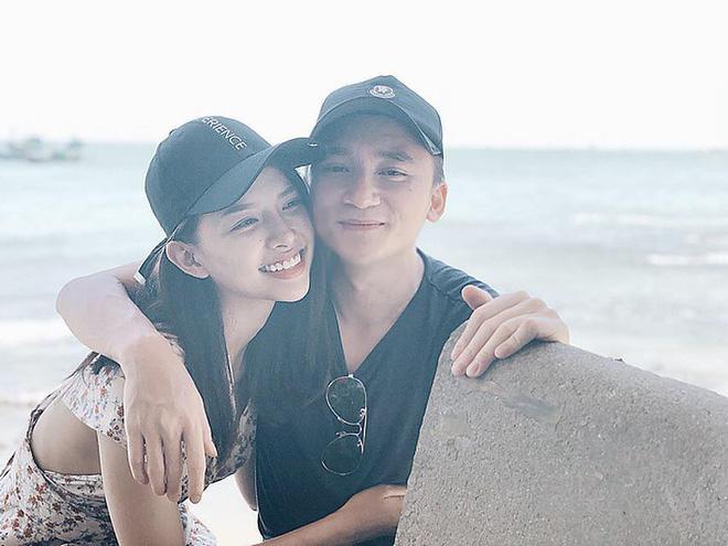 Giản dị về quê ăn Tết nhưng Phan Mạnh Quỳnh lại mạnh tay lì xì 123.456.789 đồng cho bạn gái: Bạn trai nhà người ta là đây! - ảnh 5