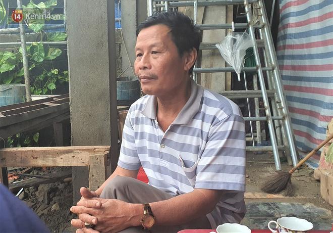 Chủ tịch huyện hy sinh khi cứu nạn Rào Trăng: Nhà ngập hơn 1 mét, mẹ già nằm viện, vẫn gác việc nhà lao vào vùng lũ vì dân  - Ảnh 5.
