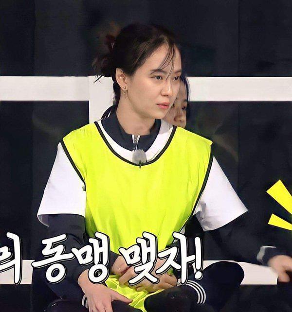 Cách Jeon So Min và Song Ji Hyo đối xử với BLACKPINK ở Running Man: Khác 1 trời 1 vực, nàng Ếch bị chỉ trích thậm tệ - Ảnh 5.
