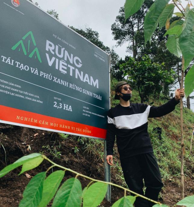 Hà Anh Tuấn cùng công ty trồng 1800 cây rừng giúp người dân chống lũ - Ảnh 4.