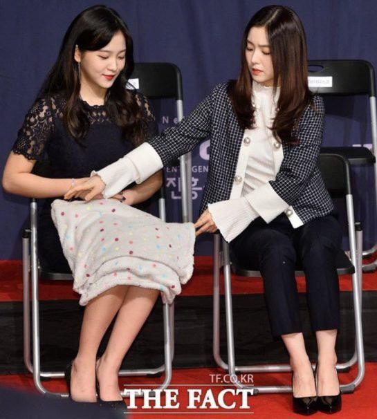 Giữa bão scandal, fan Red Velvet tung bằng chứng dập lại cư dân mạng về mối quan hệ của Irene và các thành viên - Ảnh 16.