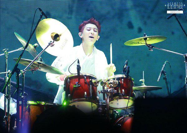 Hậu scandal ngủ lang lừa dối bạn gái, Chanyeol (EXO) lại bị tố đánh trống nhép: Làm rơi dùi trống mà tiếng vẫn kêu ầm ầm? - Ảnh 2.