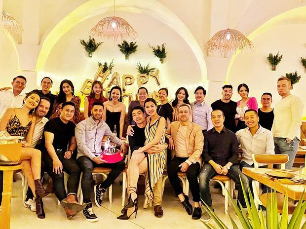 Hội bạn thân triệu đô của Hà Tăng: Đặng Thu Thảo - Băng Di viên mãn bên đại gia và loạt cái tên vừa giàu kếch xù vừa hot - Ảnh 1.