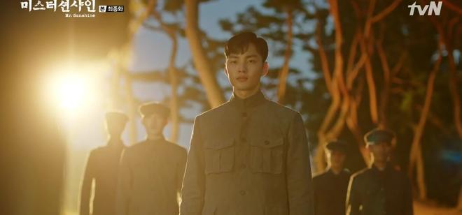 Y tá Park Kim Min Jae của Người Thầy Y Đức 2: Bản nhí Thần Chết Lee Dong Wook, nam thần 9x toàn năng của showbiz Hàn - Ảnh 8.