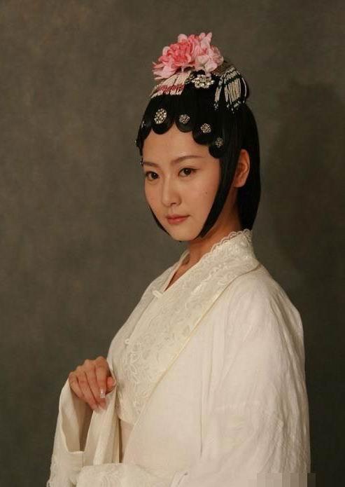 Dàn sao Tân Hồng Lâu Mộng: Dương Mịch - Triệu Lệ Dĩnh vai siêu phụ thành celeb hạng A, cặp chính chật vật bon chen trong Cbiz - ảnh 39
