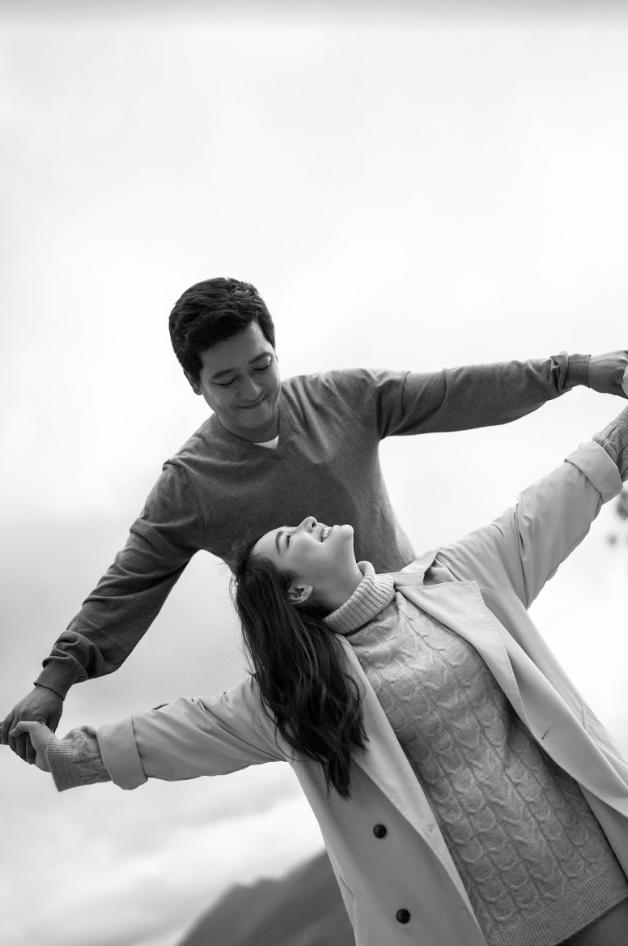 """Trường Giang - Nhã Phương tung bộ ảnh """"trốn con"""" mừng Valentine: Nhìn mà muốn cưới luôn và ngay! - Ảnh 12."""