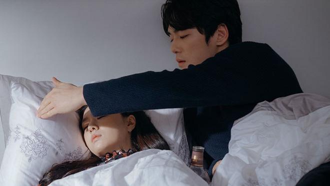 Nữ phụ đáng thương nhất Crash Landing On You gọi tên Seo Dan: Cả tuổi trẻ yêu sai người, khi chọn đúng lại phải lìa xa - ảnh 7