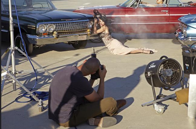 BTS quay MV mới tại địa điểm nổi tiếng ở Mỹ, từng được thí sinh America's Next Top Model phơi nắng chụp hình - ảnh 4
