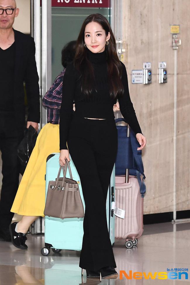 Nhờ áp dụng một chiêu bài mà style sân bay của Park Min Young cứ ngày một sang xịn, bạn học theo là dứt khoát lên đời phong cách - ảnh 6