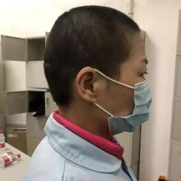 Đến Vũ Hán chăm sóc bạn gái bị ốm, chàng trai nhiễm virus corona nhưng lại nhận ra được điều ý nghĩa trong thời gian ở bệnh viện dã chiến - ảnh 4