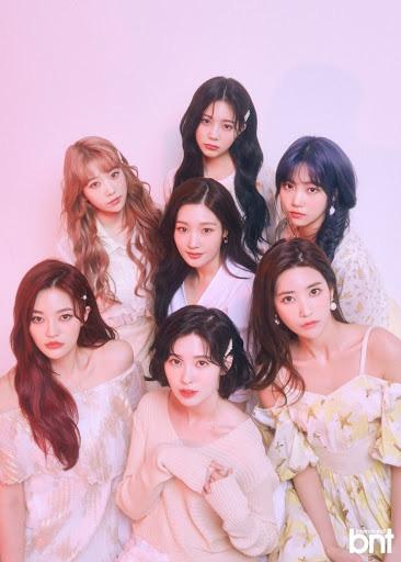 """Sự nghiệp các girlgroup """"khai sinh"""" năm 2015: GFRIEND vịt hóa thiên nga, TWICE sau 5 năm vẫn là nhóm top đầu còn """"em gái T-ARA"""" bị đoán sớm tan rã - ảnh 1"""