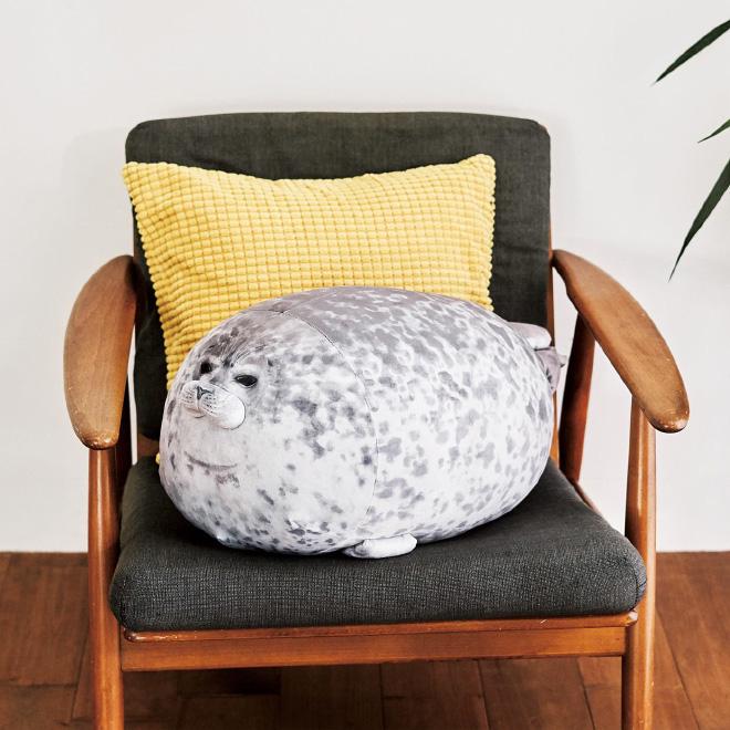 Chiếc gối ôm thương hiệu hải cẩu béo ú này đang làm mưa làm gió trên Internet vì độ mập mạp và dễ cưng của mình - ảnh 8