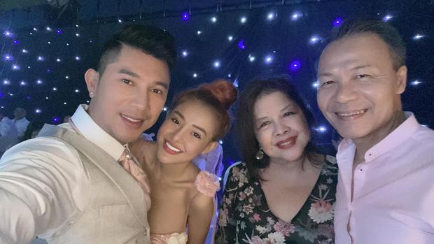 Lương Bằng Quang đăng ảnh cưới bên Ngân 98, netizen ồ ạt chúc mừng nhưng vẫn bán tín bán nghi - ảnh 6