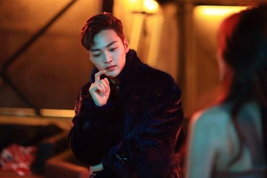 Park Bo Gum, Min Hyo Rin hay bạn gái Lee Kwang Soo... đều suýt debut làm ca sĩ, may mà chuyển ngạch diễn viên kẻo visual thời nay ra chuồng gà hết? - Ảnh 12.