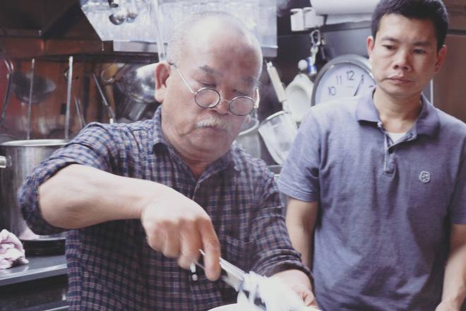 Tự hào khôn xiết với 3 thương hiệu đồ ăn uống Việt Nam đã xuất ngoại thành công, khách nước ngoài xếp hàng mua nườm nượp - Ảnh 6.