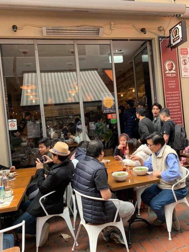 Tự hào khôn xiết với 3 thương hiệu đồ ăn uống Việt Nam đã xuất ngoại thành công, khách nước ngoài xếp hàng mua nườm nượp - Ảnh 4.
