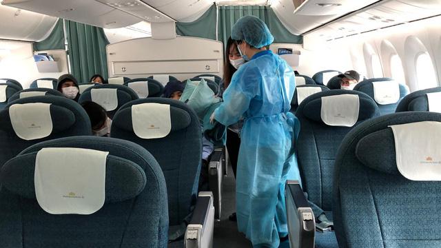Vietnam Airlines đã khôi phục hoàn toàn số chuyến bay nội địa sau dịch Covid-19, giới trẻ háo hức rủ nhau lên kế hoạch đi du lịch xa hè này - Ảnh 5.