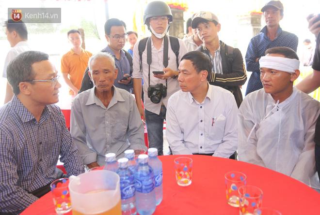 Lời kể đầy ám ảnh của các nạn nhân sống sót trong vụ lật ghe khiến 3 người chết và 2 người mất tích ở Quảng Nam - Ảnh 4.